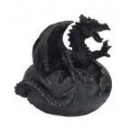 1er Cri, figurine d'un bébé dragon dans un œuf