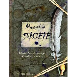 Manuel de Sorcière de Selene Silverwind, éd. Pré aux clercs