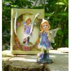 Fée miniature violette et son abeille féerique