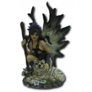 Petite figurine fée et tigre blanc