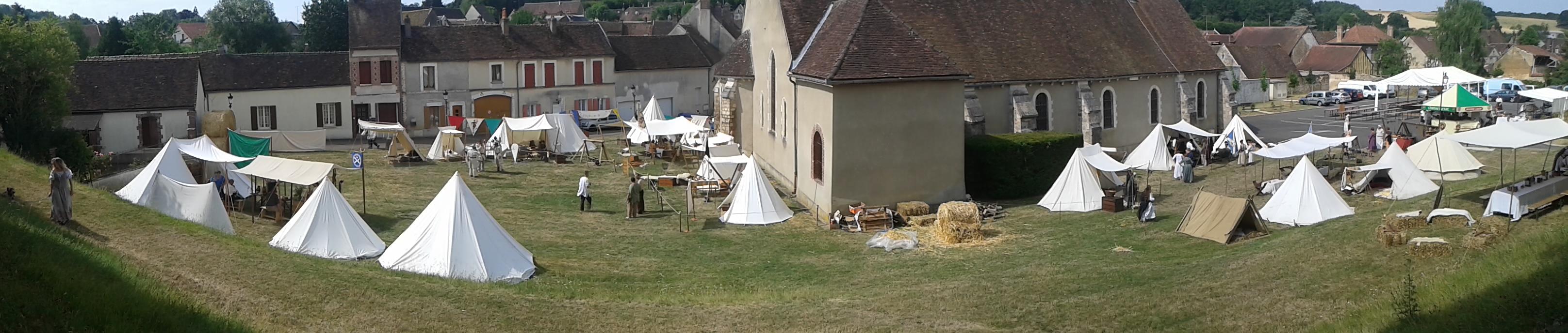 Les campements médiévaux s'installe autour de l'église de Cerisiers