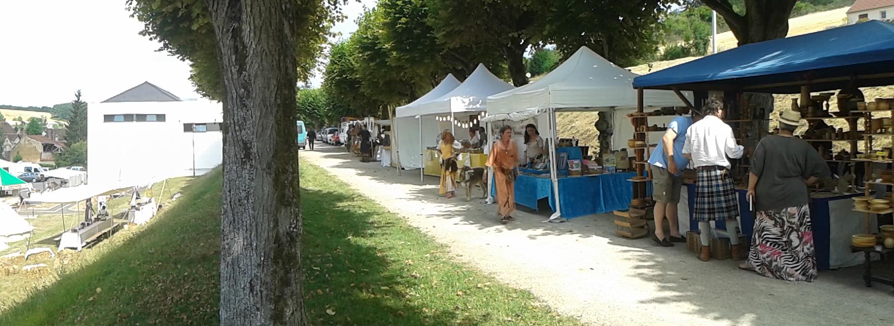Le marché médiéval de Cerisiers